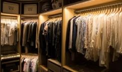 How to Pack A Walk-in Closet When Moving?